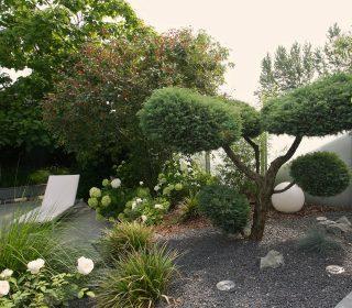Garten mit Liege